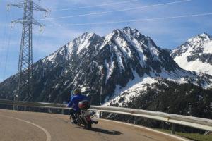 motos and pyrenees bonaigua