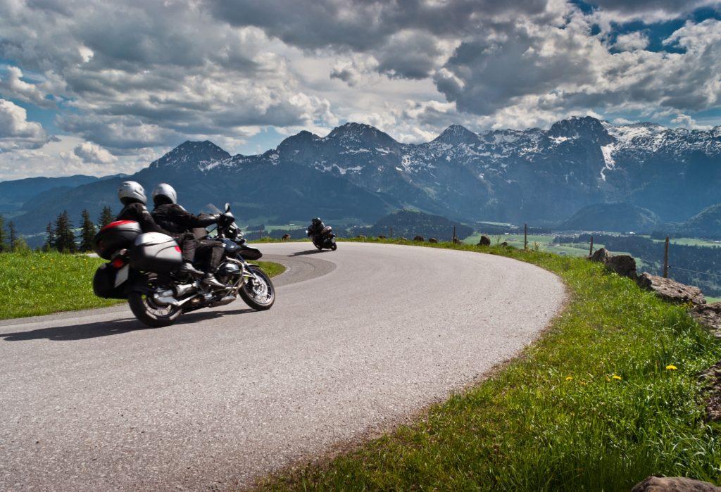 motos montanya pyrenees on motorbike