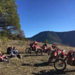 Les amusements sur  les Pyrénées en moto